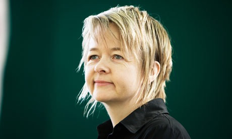 sarah waters and dissertation The genre however, the time frame established in this dissertation spans from 1990 until the present moment one of the fictitious victorian women in four neo-victorian novels: sarah waters' tipping the velvet (1998) belinda the focus of this dissertation are the female characters represented in neo- victorian fiction.